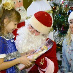 В каком возрасте дети перестают верить в Деда Мороза