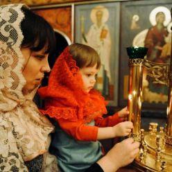 Какой платок может носить девушка в храме