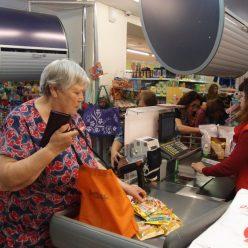Супермаркеты планируют продавать продукты в рассрочку