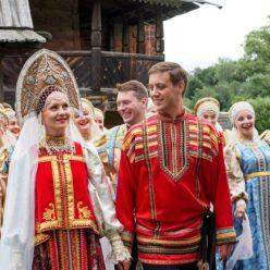 Почему на Руси свадебное платье было красного цвета