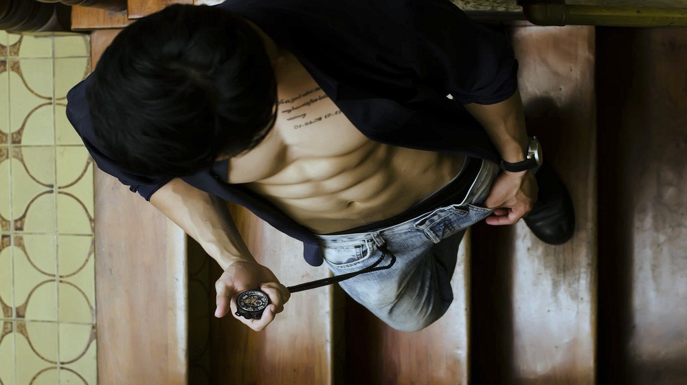 Feature | How To Get A Six Pack The Right Way | diet for ripped abs