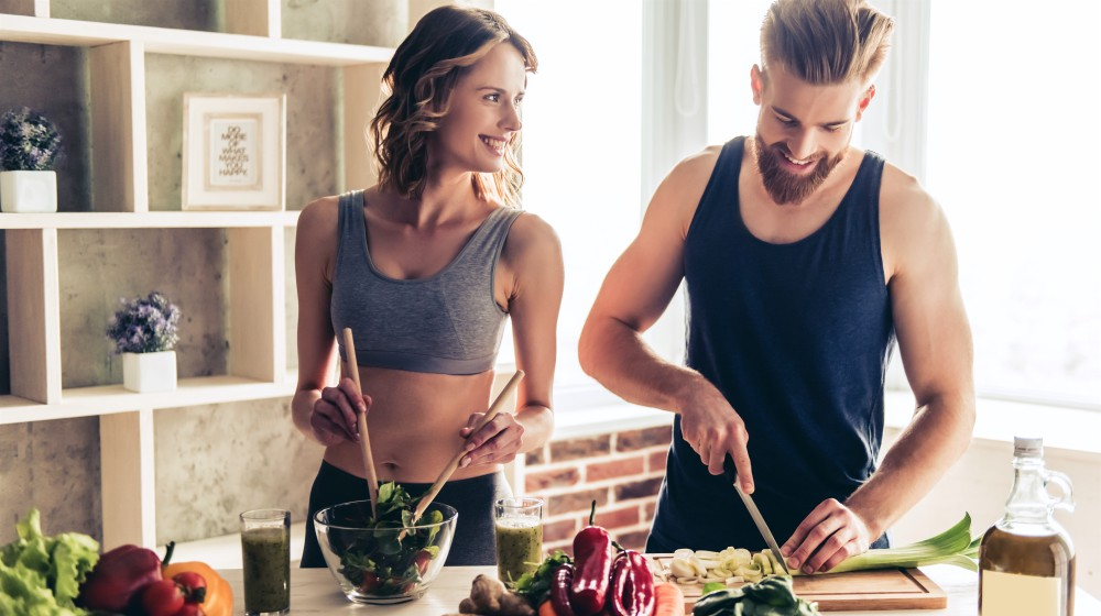 Feature | How Many Calories Should I Eat to Lose Weight