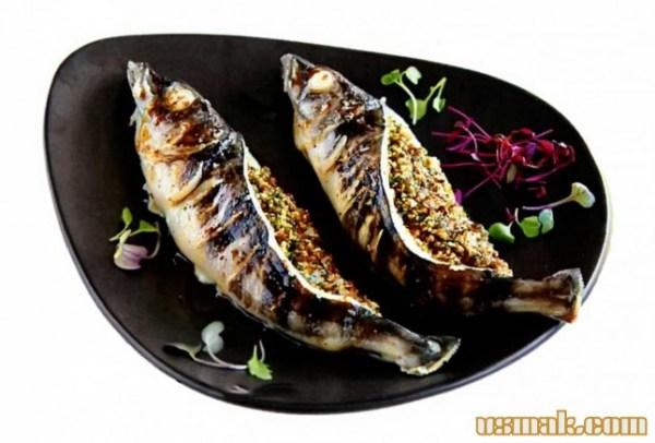 Как приготовить запеченную рыбу с грецкими орехами рецепт ...