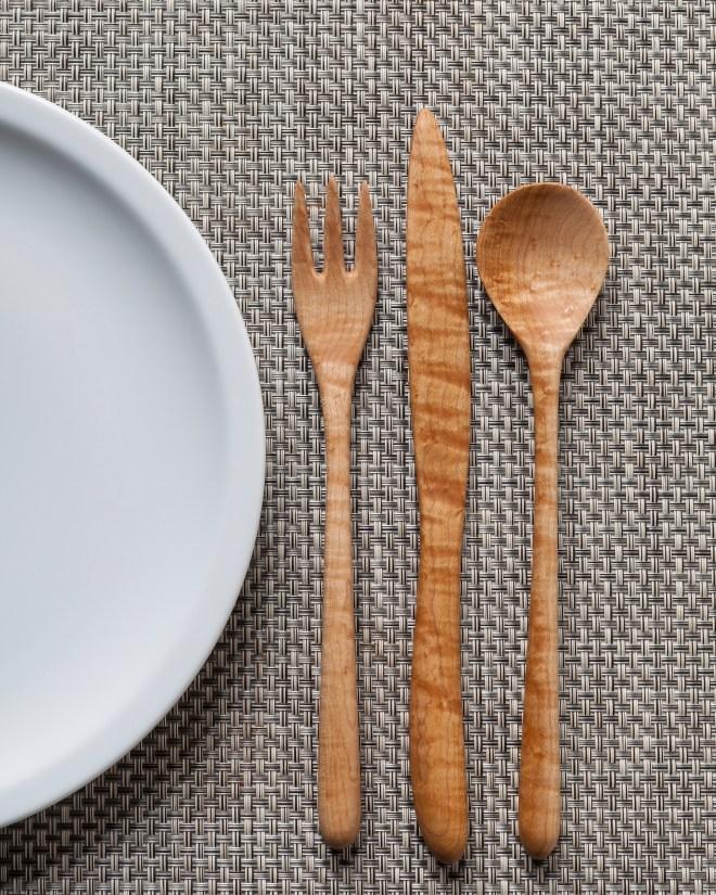 Tableware.