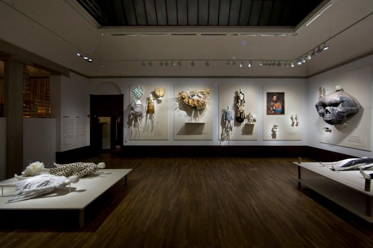 Change Gallery. Utopian Bodies.