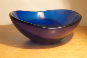 blue bowl at 1.6