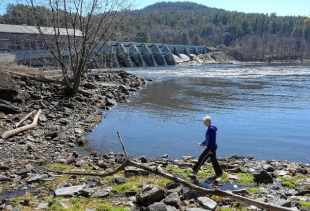 Companies complete sale of hydro dams