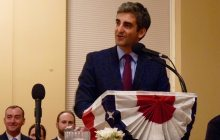 Burlinton Mayor Miro Weinberger delivers the 2016 State of the City address. Photo by Morgan True / VTDigger