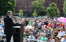 Evangelist urges crowd to make 'Christian voice' heard at polls