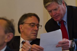 Sen. Peter Galbraith, left, and Sen. Pro-Tem John Campbell. VTD/Josh Larkin