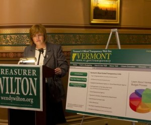 Wendy Wilton gives a press conference at the Statehouse. Photo by Nat Rudarakanchana