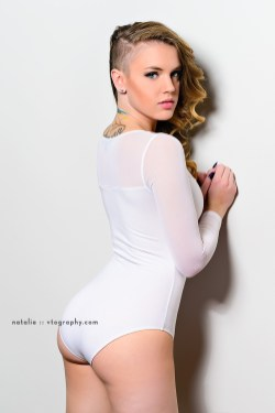 Natalie in white bodysuit, shot with an AlienBees B1600 flash unit