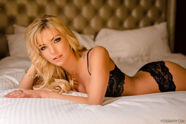 Chrystal boudoir photo shoot