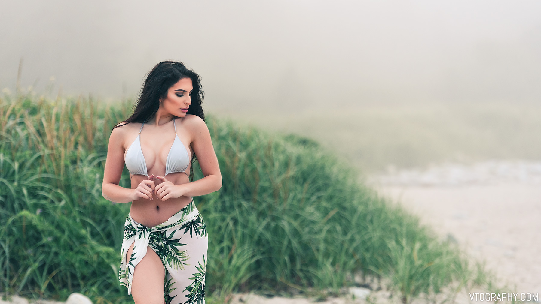 Foggy photo shoot with model Brittany