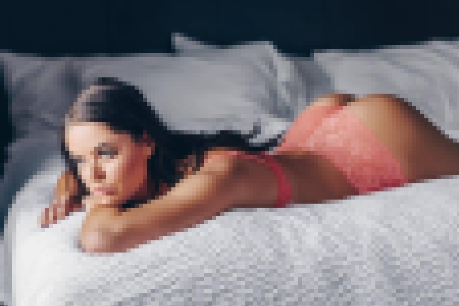 Kelsie Nude Photo Shoot