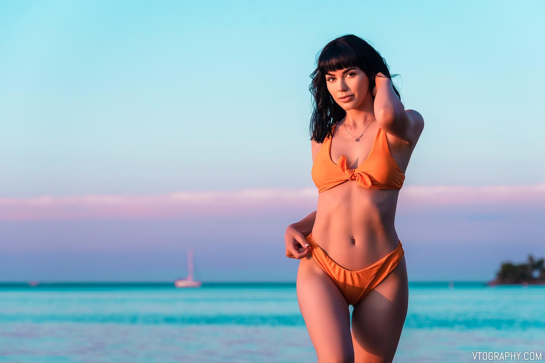 Orange Zaful bikini photo shoot