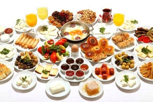 [cml_media_alt id='926']Một bữa ăn sáng của người Thổ Nhĩ Kỳ[/cml_media_alt]