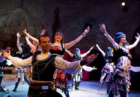 nhảy truyền thống thổ nhĩ kỳ