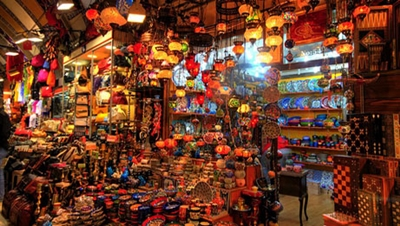 gian hàng lung linh trong chợ grand bazaar