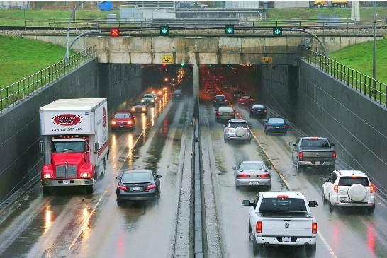 圖:大溫都市局6月29日不支持卑詩省興建十線車道大橋取代馬西隧道的提議。(攝影:馬克/看中國)