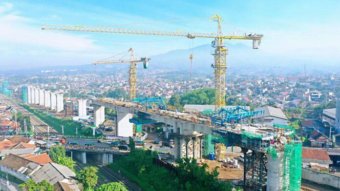 Jakarta_RR_viaduct