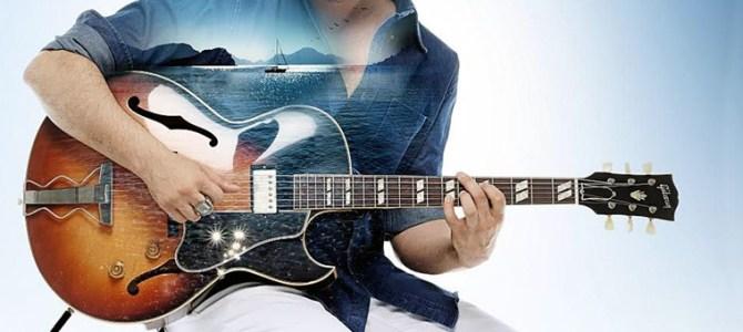 Gitarlı genç
