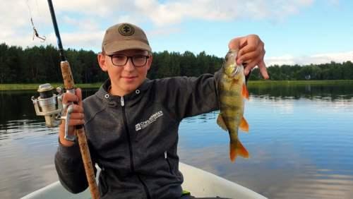 """Zvejybos stovykla """"Svajoniu Zuvis"""". Svajonių Žuvis – stovyklos registracija 2021 prasidėjo"""