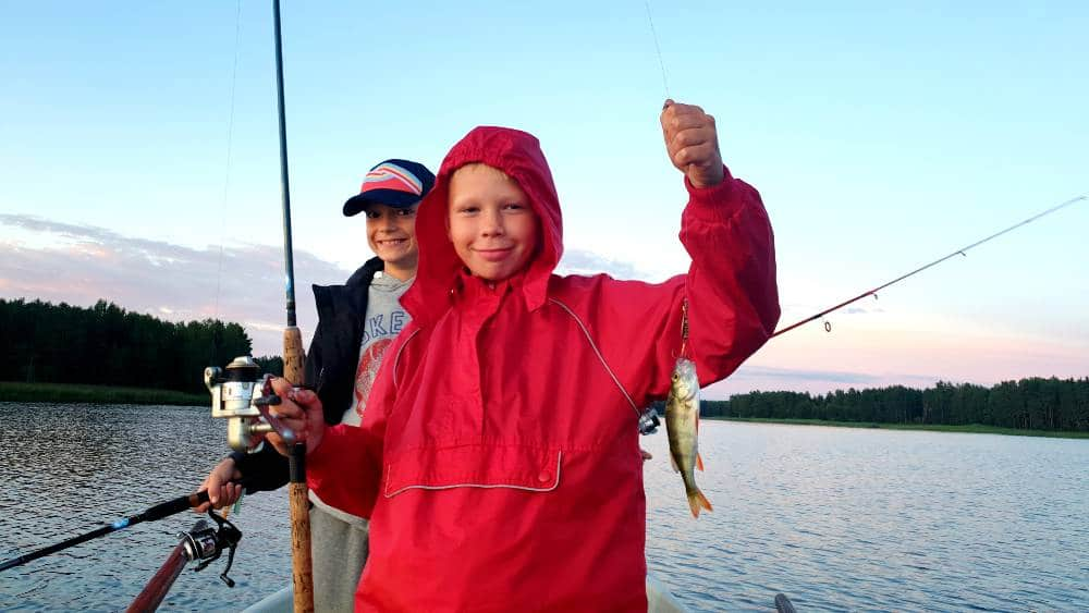 """Žvejybos stovykla vaikams """"Svajonių Žuvis"""""""