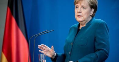 Good Angela Merkel returns to office after coronavirus quarantine