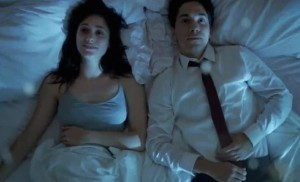 comet-justin-long-emmy-rossum-bed