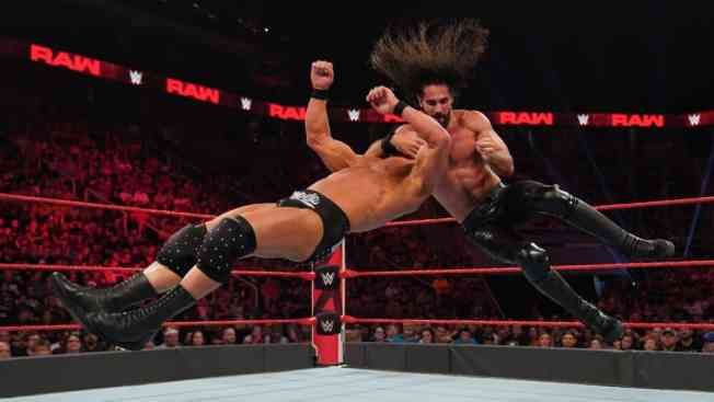 Seth Rollins takes down Robert Roode