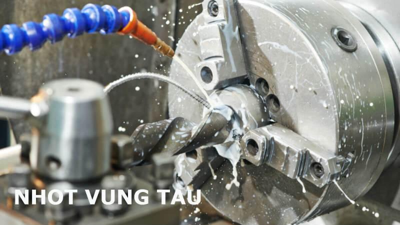 Total LACTUCA LT 2 AP – Dầu cắt gọt kim loại pha nước