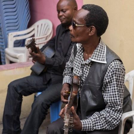 Michel Missy, guitarist of the Bakolo Music International band, ©Eloisa d'Orsi