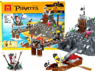 Konstruktor-piratski-otok-248-delov1