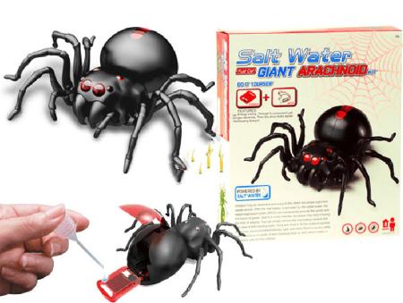 Poučna-igrača-Robot-pajek-Solt-Water-Power1
