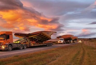 Mina Invierno comenzó a desarmar sus camiones tras verse obligada a cerrar