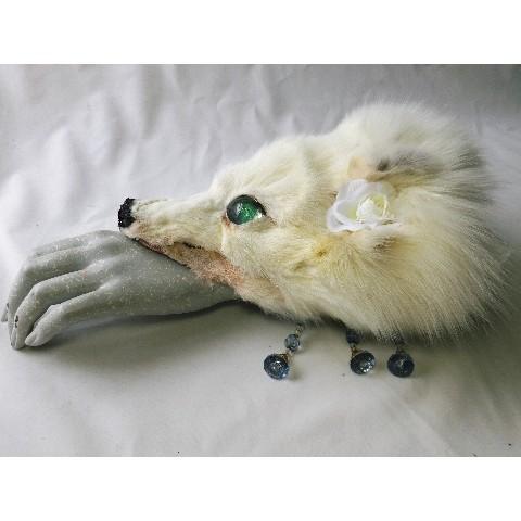 【魔界ノ風鷹】白狐のブレスレット