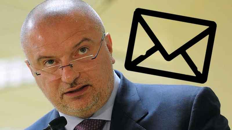 Привязка телефона к e-mail: чем опасен новый закон Клишаса?