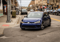 2017 Volkswagen Golf R Owners Manual and Concept
