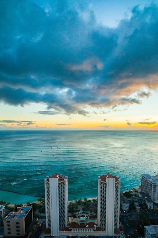 夏威夷hyatt外观.jpg
