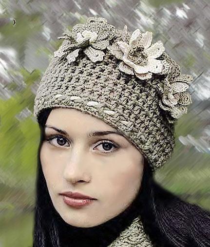 шапка с цветами крючком