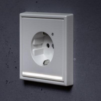 JUNG pilot light zásuvka s LED podsvicenímm