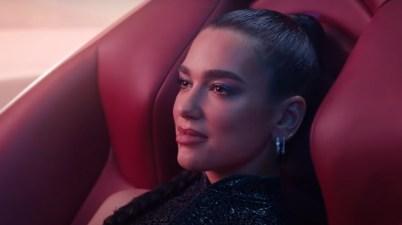 Dua Lipa en comercial de Spotify