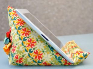 4-diy-ipad-stand-ideas-tutorials