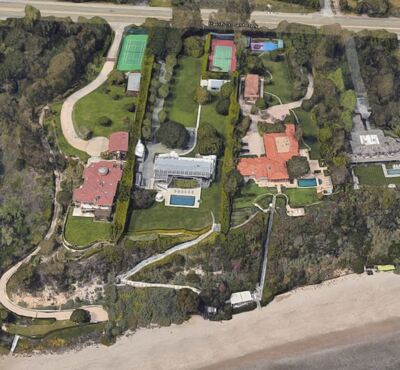 A photo from the article titled 'Two Years After Paying $100 Million For A Malibu Mansion, WhatsApp Founder Buys The House Next Door For $87 Million'