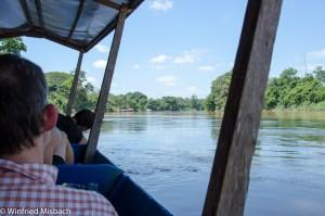Bootsfahrt auf dem Sungai Tembeling