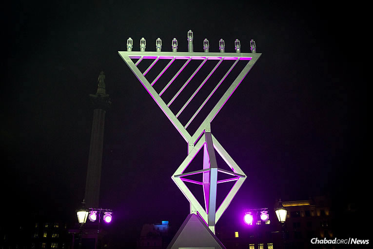 This is the tenth year that the giant menorah has stood at Trafalgar Square, organized by Chabad, the Jewish Leadership Council and the London Jewish Forum, and supported by the Mayor of London. Here it is on Tuesday, Dec. 12, the first night of the eight-day holiday of Chanukah. (Photo: Mayor's Press Office of London)