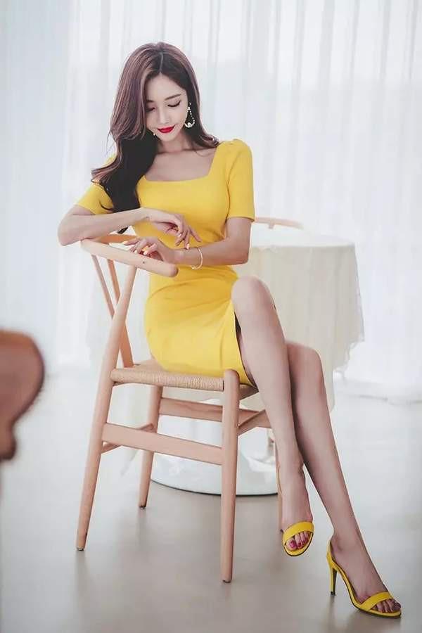 son-yoon-joo-khien-fan-dung-hinh-vi-qua-xinh-dep (10)