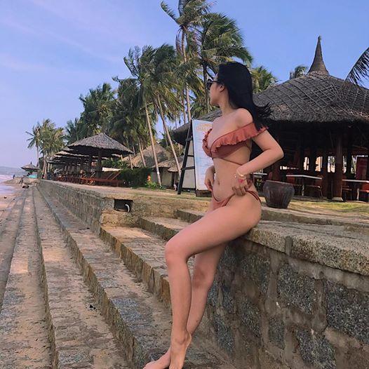 hot-girl-ni-sua-khoe-dang-sieu-nuot-khien-fan-dung-hinh (3)