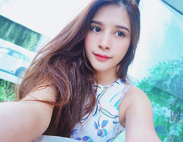 lac-loi-vi-hot-girl-Kingkaew-Karnthiang-qua-xinh-dep (9)